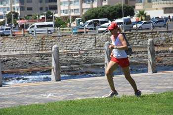 Sport an der Strandpromenade von Sea Point in Kapstadt