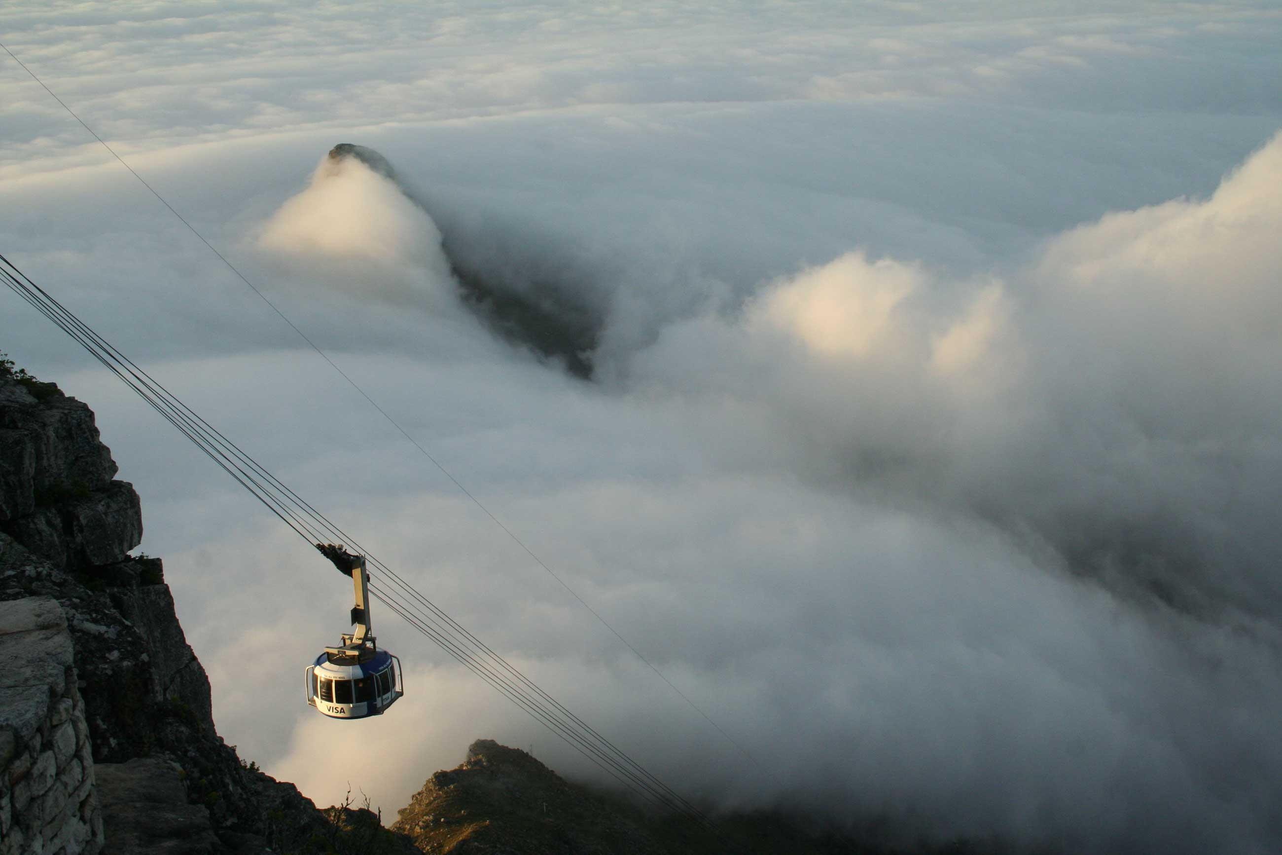 Ingenieursleistung bei der stetigen Weiterentwicklung der Cable Car am Table Mountain in Cape Town South Africa